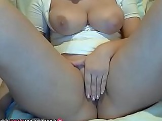 Amateur Big Tits Bus Busty Dildo Masturbation Playing Pussy
